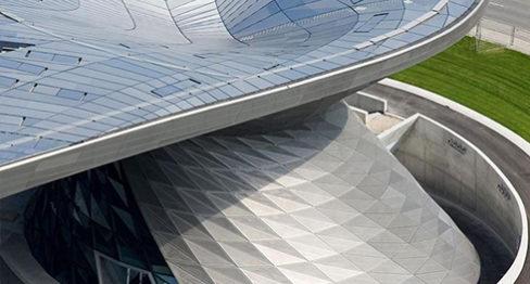 bmw world - 20,000 m² цялостна окачена фасада и окачени тавани