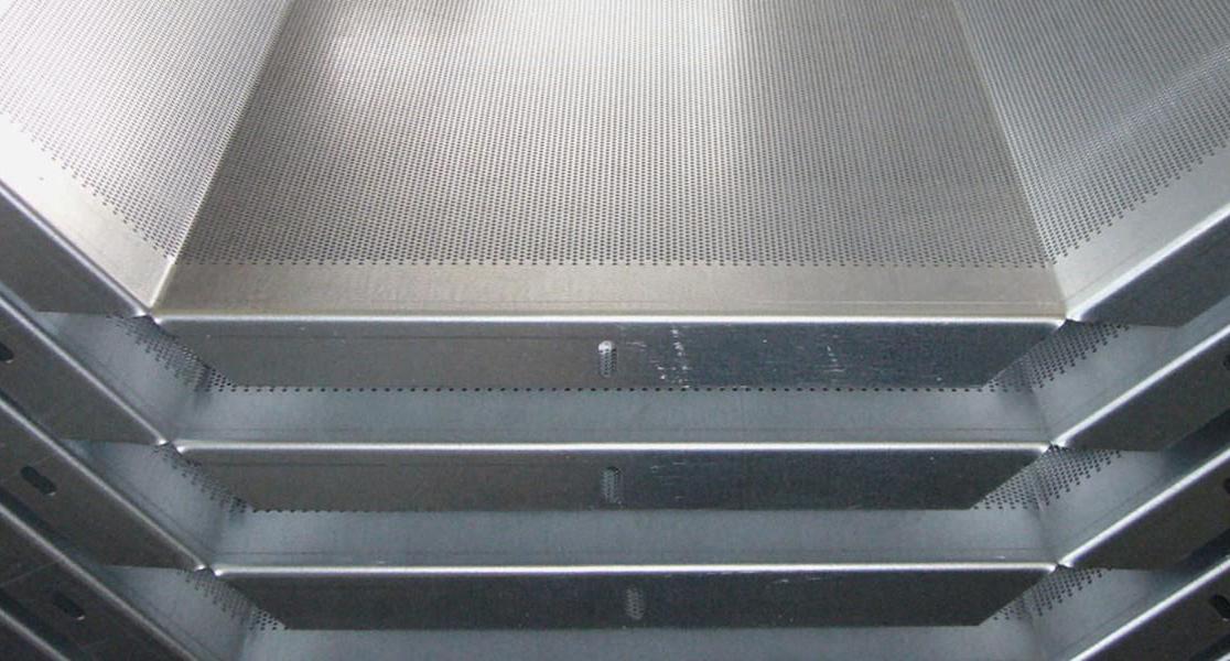 Перфорирани филтърни елементи от неръждаема стомана предназначени за различни съоръжения